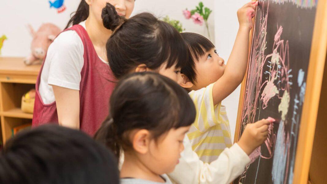 シュタイナー教育とは?特徴や子どもに与える影響を徹底解説