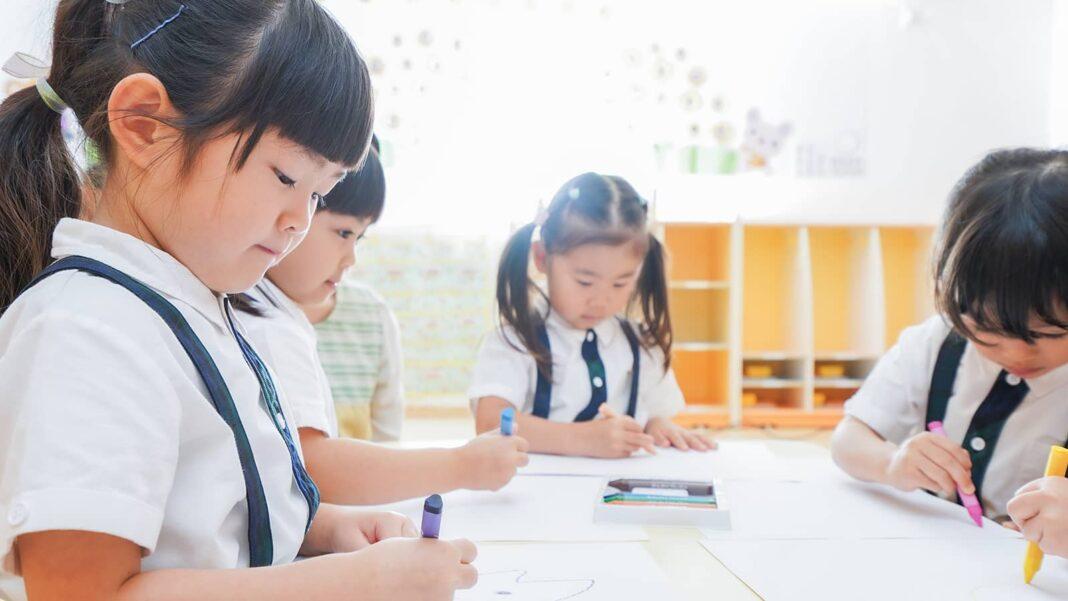 文化の日とは?保育園での意味の伝え方とおすすめの遊び14選